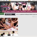 Cosplay In Japan Desktop